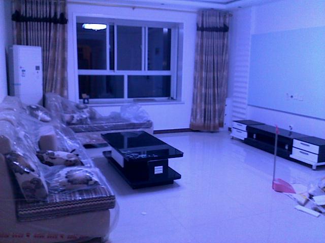 出售祥和苑11层精装修单元房一套 126�O