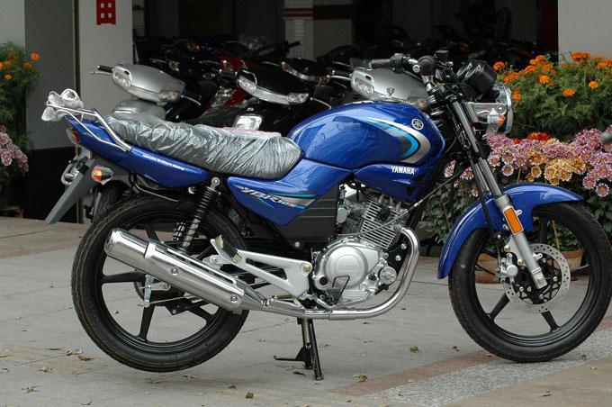 九成新原装品牌摩托车低价出售