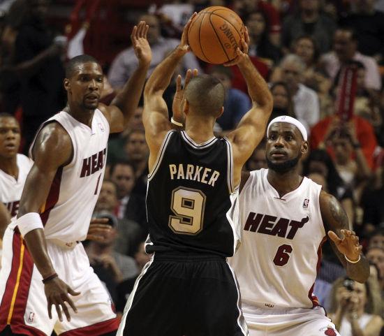11月30日NBA常规赛热火vs马刺视频直播全场录像回放