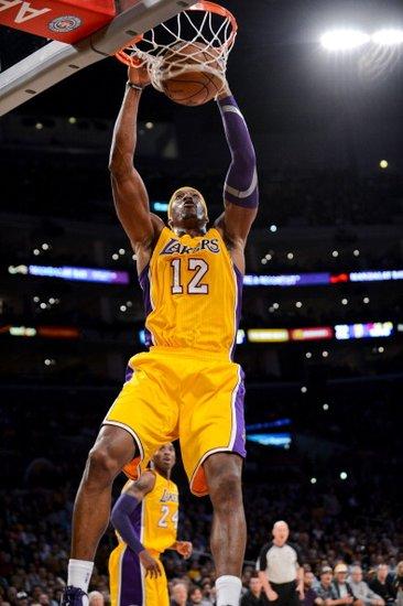 12月3日NBA常规赛湖人vs魔术视频直播全场录像回放