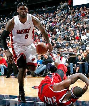 12月11日NBA常规赛热火vs老鹰视频直播全场录像回放