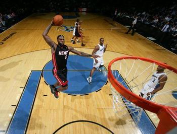 12月16日NBA常规赛热火vs奇才视频直播全场录像回放